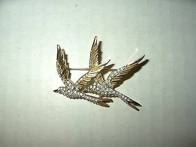 Vintage Signed D'ORLAN Goldtone & Clear Rhinestone 2 Swallow Birds Brooch Pin