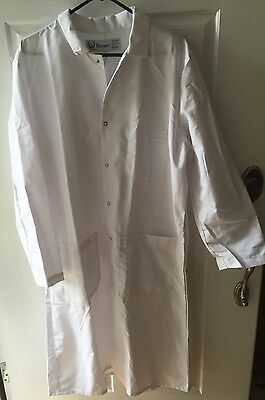 NEW REGENT White  Lab Coat size 42