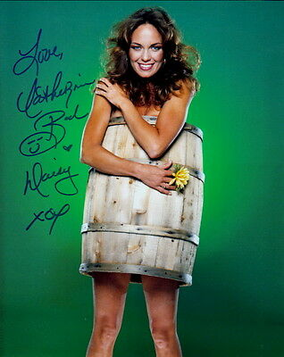 CATHERINE BACH ~ DAISY DUKE in THE DUKES OF HAZZARD ~ SIGNED 10x8 PHOTO COA