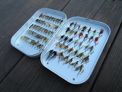 Vintage fly box with 85 wet flies for grayling and trout