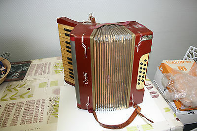 Accordeon ancien, bandoneon  Corelli ancien bon etat