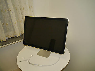 Apple A1267 61 cm (24 Zoll) 16:9 LCD LED  Monitor / Guter Zustand