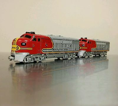 Lionel Toys Santa Fe FM C 1:160 scale trains lot