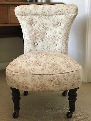 Antique boudoir/vanity chair - early 1900s