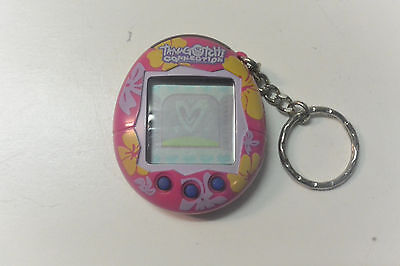 2004 Tamagotchi Bandai Connection Pink Flowers Electronic Game Toy Keychain