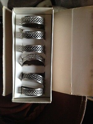 6x florantal napkin rings With Box Silver Plate Vintage