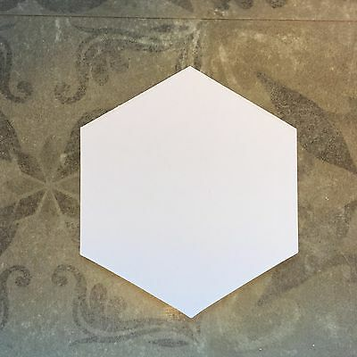 1 1/2' Hexagons- 700 Shapes English Paper Piecing Templates by All Quilty