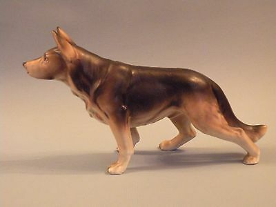 wpw119 VINTAGE GERMAN SHEPHERD DOG FIGURINE, CERAMIC 4 X 7 1/2""