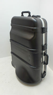 SKB Mid-Sized Universal Tuba Case With Wheels - FAULTY - RRP £756.29