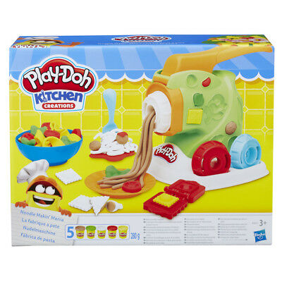 Play-Doh Kitchen Creations Noodle Makin' Mania Playset- NEW