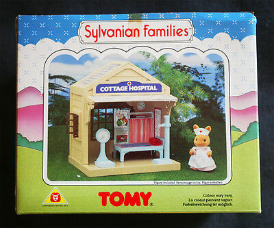 Sylvanian Families: Hospital (Cottage, Cabaña), Tomy 1985. Brand New In Box, Os!