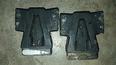 Johnson evinrude outboard motor lower trunk mid section side mounts