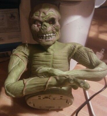 Green spotted swamp monster battery operated used untested Halloween prop