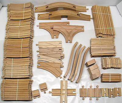 Thomas Wooden Railway, WOOD TRACK, LOT OF 109 ASSORTED PIECES, VGUC