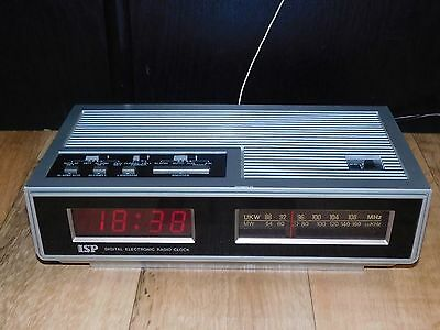 ISP LED 600 Digital Uhren Radio Uhrenradio Radiowecker Vintage Clock Uhr UKW MW