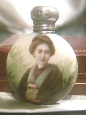Antique Painted Chinese Japanese Geisha  Girl Porcelain Scent / Snuff Bottle
