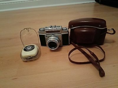 Agfa Ambi Silette. colour solinar 35mm 1:2.8/50 camera with manual and light met