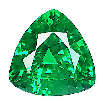 4.00 Ct EXCELLENT TRILLION SHAPE NANO CRYSTAL EMERALD LAB CREATED GEM (Russia)