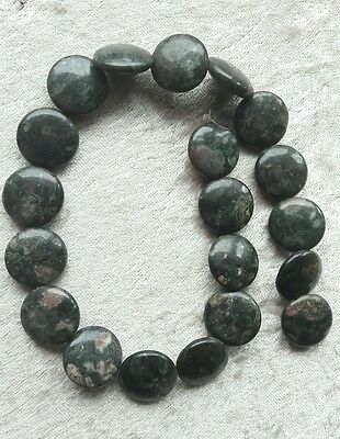 1 LOT DE 20 Perles en Jade ronde 20 mm