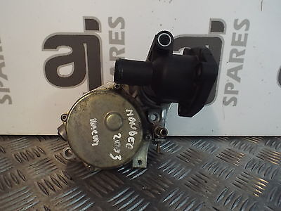 Ford Mondeo 2.0 Tdci 2003 Vacuum Pump And Thermostat Housing