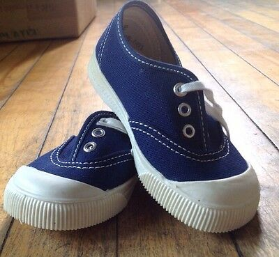Vtg New Old Stock Kid Shoes Sneakers 1960s Canvas Size 6 Made In The USA Blue
