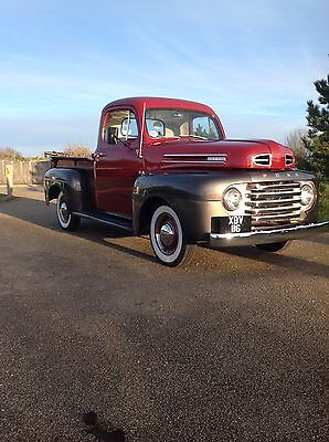 1948 Ford F1 pickup truck in lovely condition.