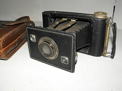 "Vintage Kodak Jiffy Strut Film Camera And Case ""In Good Vintage Condition"""