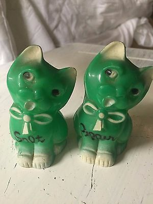Vintage Plastic GREEN CAT salt and pepper shakers