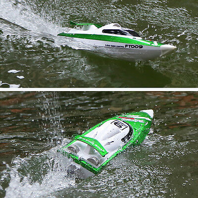 FT009 2.4G 4CH Water Cooling High Speed Remote Control Racing RC Boat 30km/h