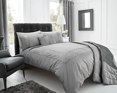 Silver Pleated Embellished Detailing Double Duvet / Quilt Cover Bed Set