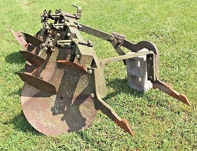 IH McCormick 2pt Hitch No. 300 Disc Plow International Farmall  340 400 460 560