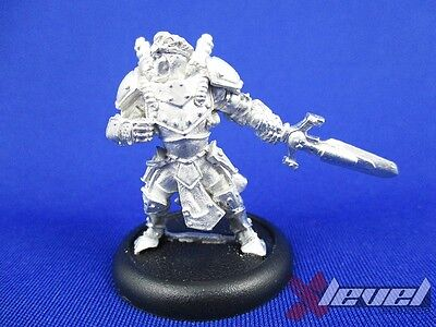 Journeyman Warcaster – Metal [x1] Cygnar [Warmachine] Assembled