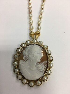 Gold 49x41mm Vintage Carved Shell Cameo Pin/Pendant Gem Stone Antique 18 Pearls