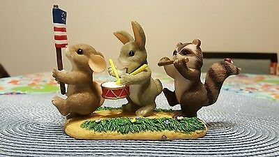 Charming Tails Figurine Free To be Friends Limited Edition 89/116 Patriotic