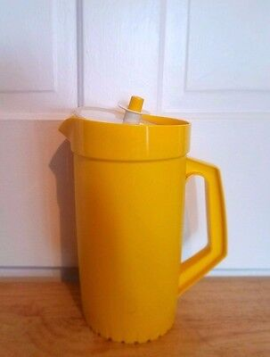NOS! New Tupperware bright yellow 2 qt pitcher 800 w/ push button lid