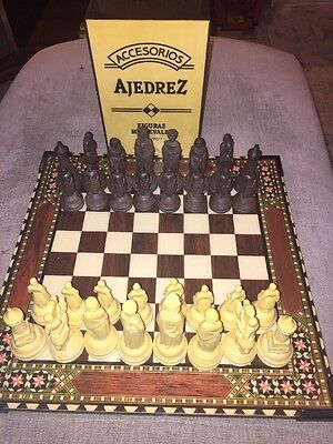 1960s Vintage AJEDREZ Medieval Plastic Chess Set Boxed - Made In Spain
