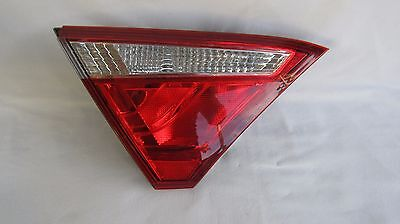 2015 2016 Toyota Camry Left Inner Driver Side Tail Light Lamp Oem Chipped Damage