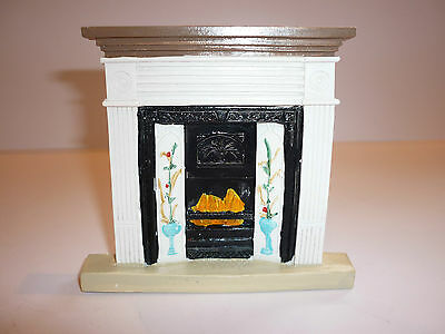 Dolls House Emporium White Victorian Fireplace, 12Th Scale, New.