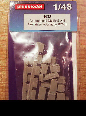 Plus Model WWII German Ammunition & Medical Aid Containers 1:48 PL4023
