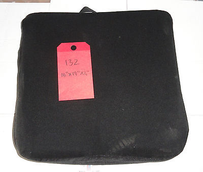 SYNERGY SPECTRUM Wheelchair Cushion D=16, W=17, H=4 Great condition