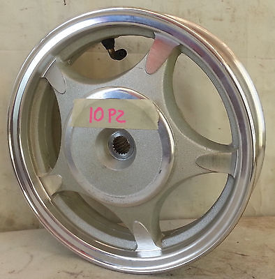 ROUE SCOOTER arrière 10X2.15 in alliage frein tambour 110