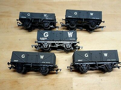 OO GWR open wagons with metal PC wheels.