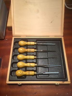 Boxed Set Of 5 Marples V Section Carving Turning Chisels Wooden Box