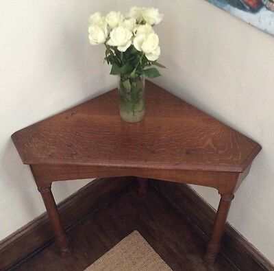Vintage Early 20th Century Flame Oak Corner Table. Arts & Crafts