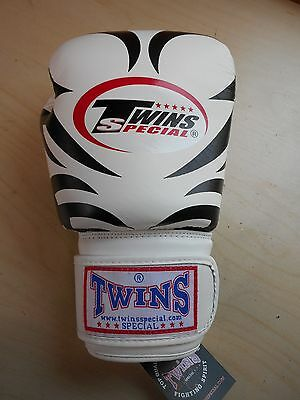 SINGLE RIGHT GLOVE Twins 10oz Tattoo Leather Thai Boxing Glove MMA UFC Sparring
