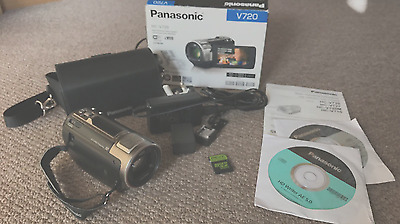 Panasonic HC-V720 Camcorder with 32gb Memory Card