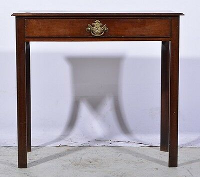 Queen Anne Period Antique Mahogany Lowboy Side Table, circa 1705