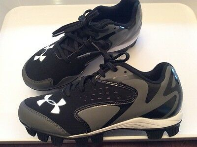 Under Armour Cleats 5Y New Authentic Baseball Collection