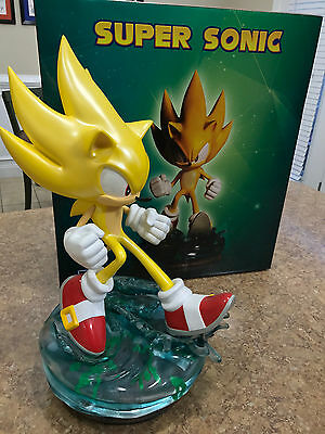 Super Sonic Statue by First Figures