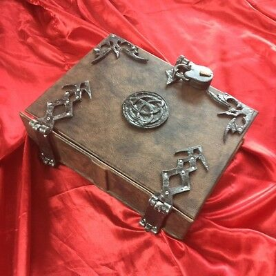 400 REMOVABLE page Leather Triquetra Spellbook Grimoire Book of Shadows Journal